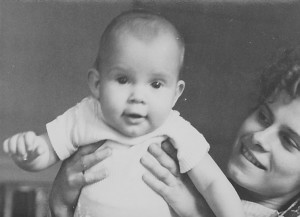Beate und Mutter 1964